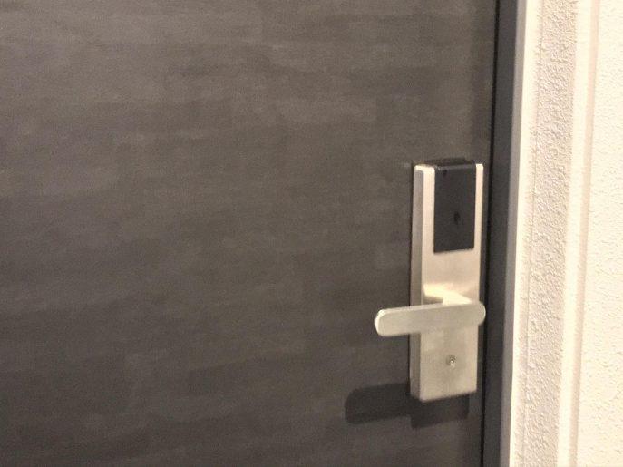 客室のドア