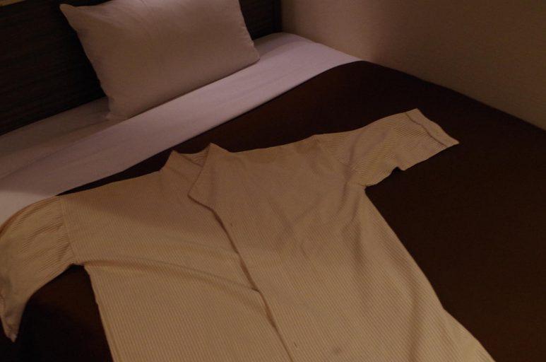 部屋着は七分袖のロングタイプ
