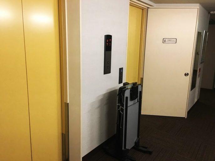 客室階エレベータ