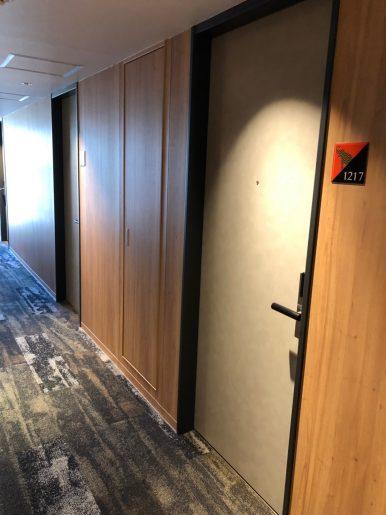 客室階廊下2