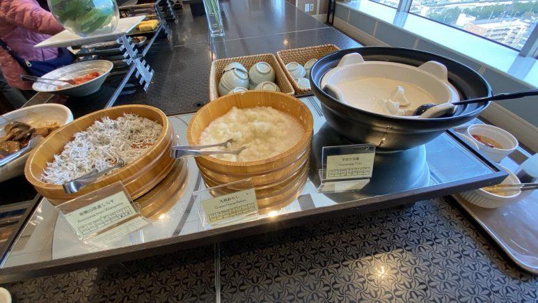 種類豊富な朝食ビュッフェ4