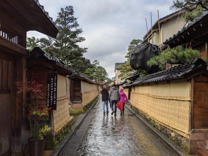 香林坊から歩いてすぐの長町武家屋敷