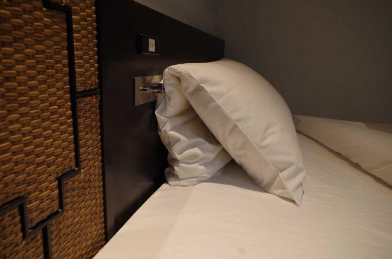 折り畳みタイプの枕