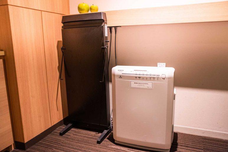 スボンプレッサーと空気清浄機